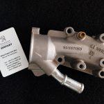 هوزینگ ترموستات فلزی پژو 206 و 207 موتور tu5 / فابریک اصلی
